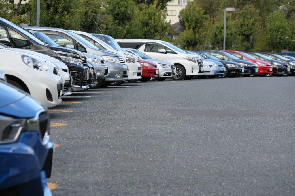 自動車の3ナンバーと5ナンバー税金の違いは?